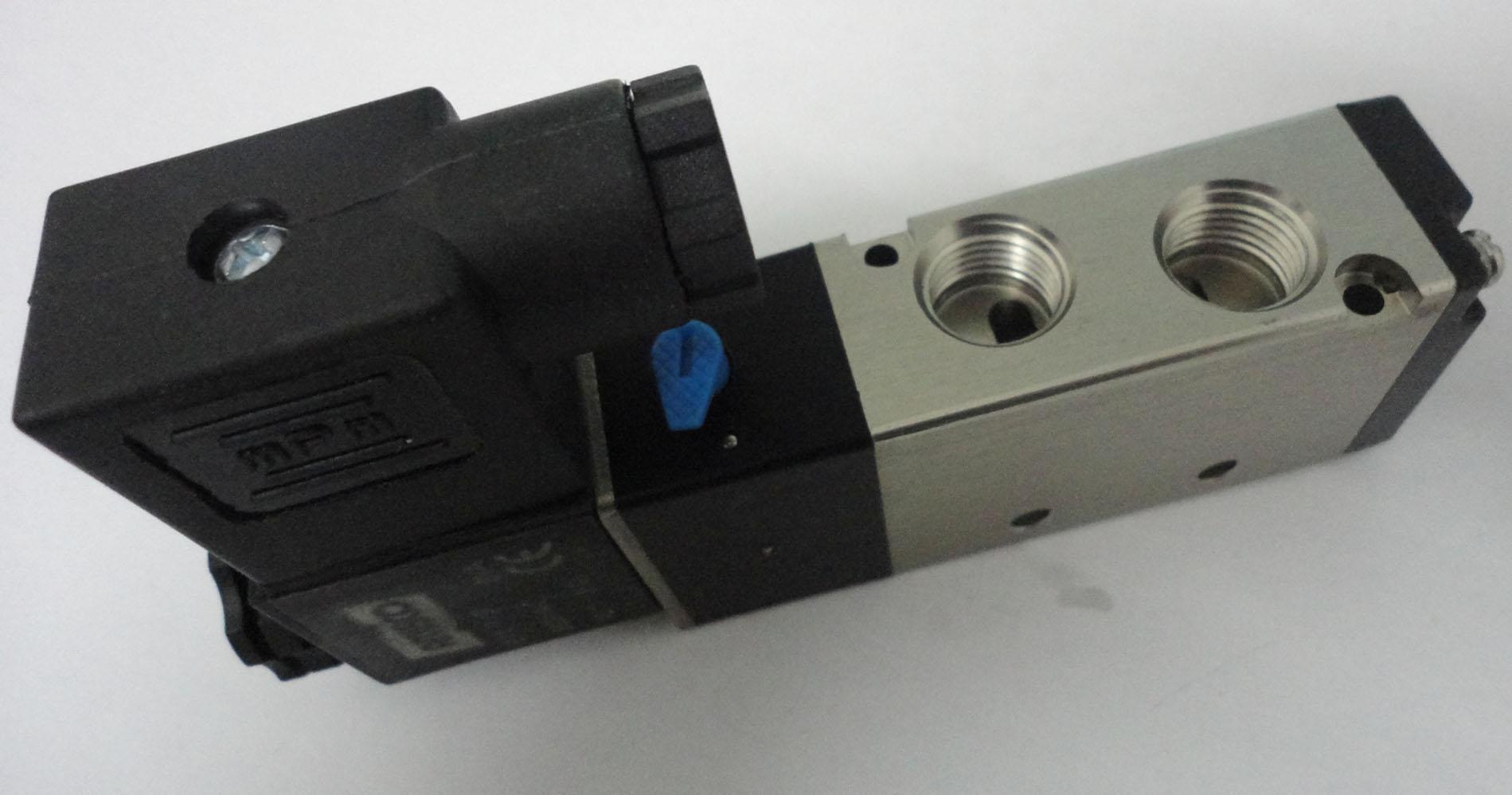电磁阀24v接线图片