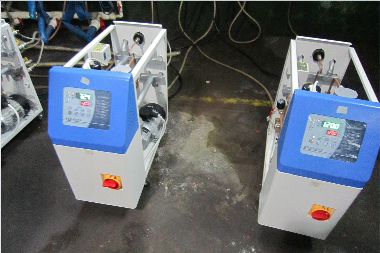 新乐市运水式模温机 9-0模具温度控制机