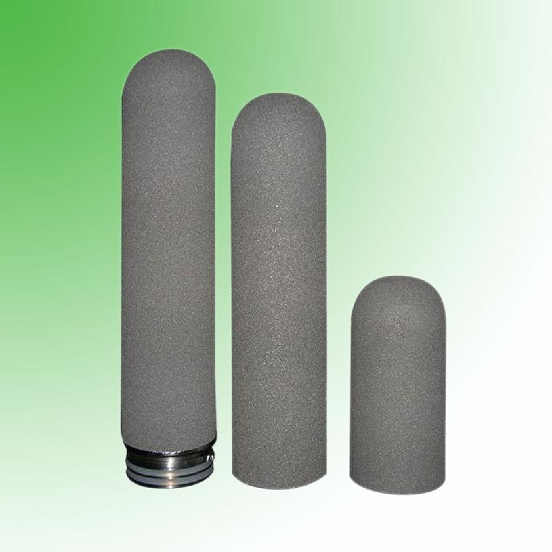 钛滤芯过滤器性能: 1,结构均匀,孔径分布窄,分离效率高.