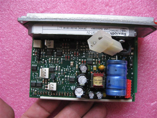 德马格e11小车电路板