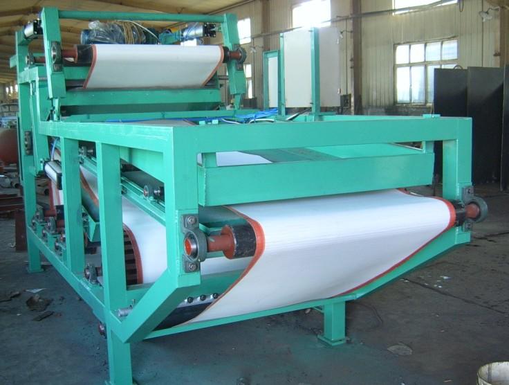 奥丰牌污泥浓缩脱水机具有压滤机的同等处理效果.